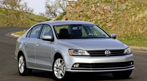 Volkswagen Jetta 2015: Con Luces Led