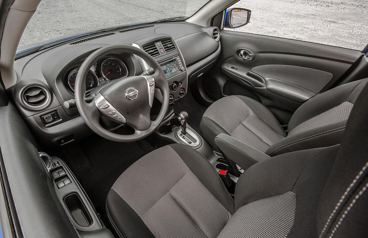 Nissan.Versa_63