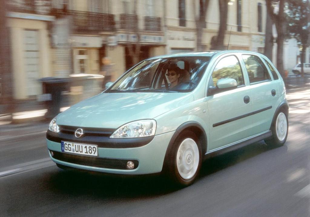 Corsa 2000 (2)
