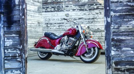 INDIAN MOTORCYCLE: ANUNCIA SU GAMA CHIEF EN LA ICÓNICA PINTURA BICOLOR