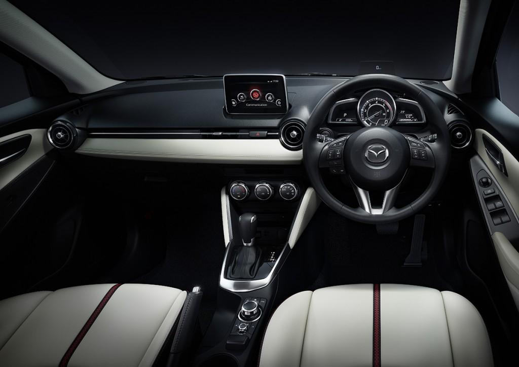 Mazda2+Japan-spec+(cut38)