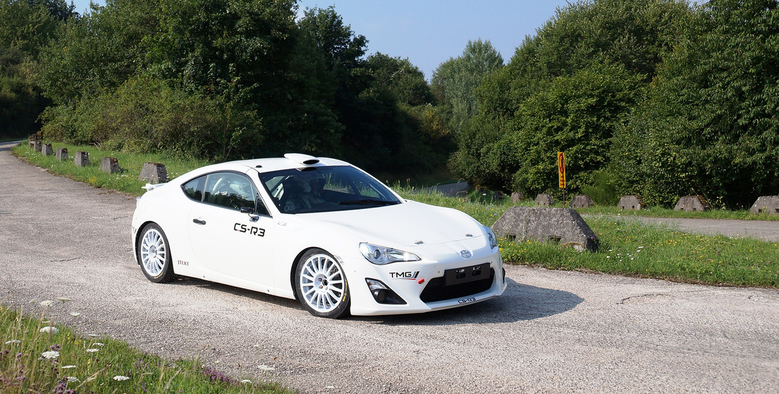 TMG_Motorsport_GT86 CS-R3_Test_1