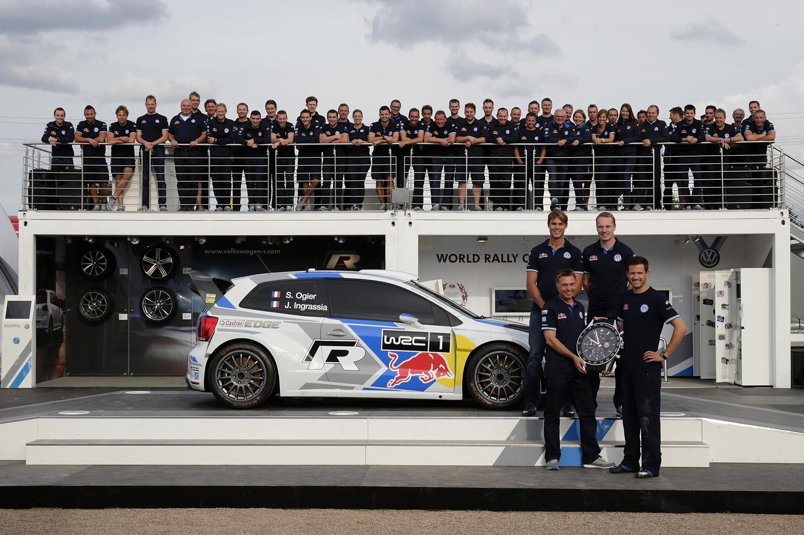 01_VW-WRC14-09-BK1-0219