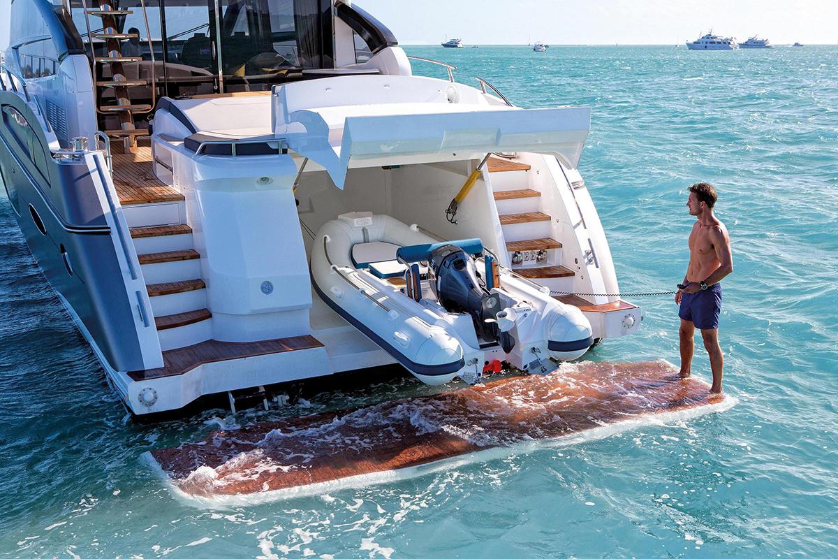 Princess 780_princess_yachts_miami_(PRBr)