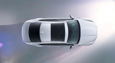 El nuevo Jaguar XF cruzará sobre agua en Londres