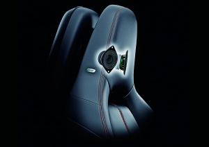 01_Bose-UltraNearfield-Headrest-Speakers-1200x848