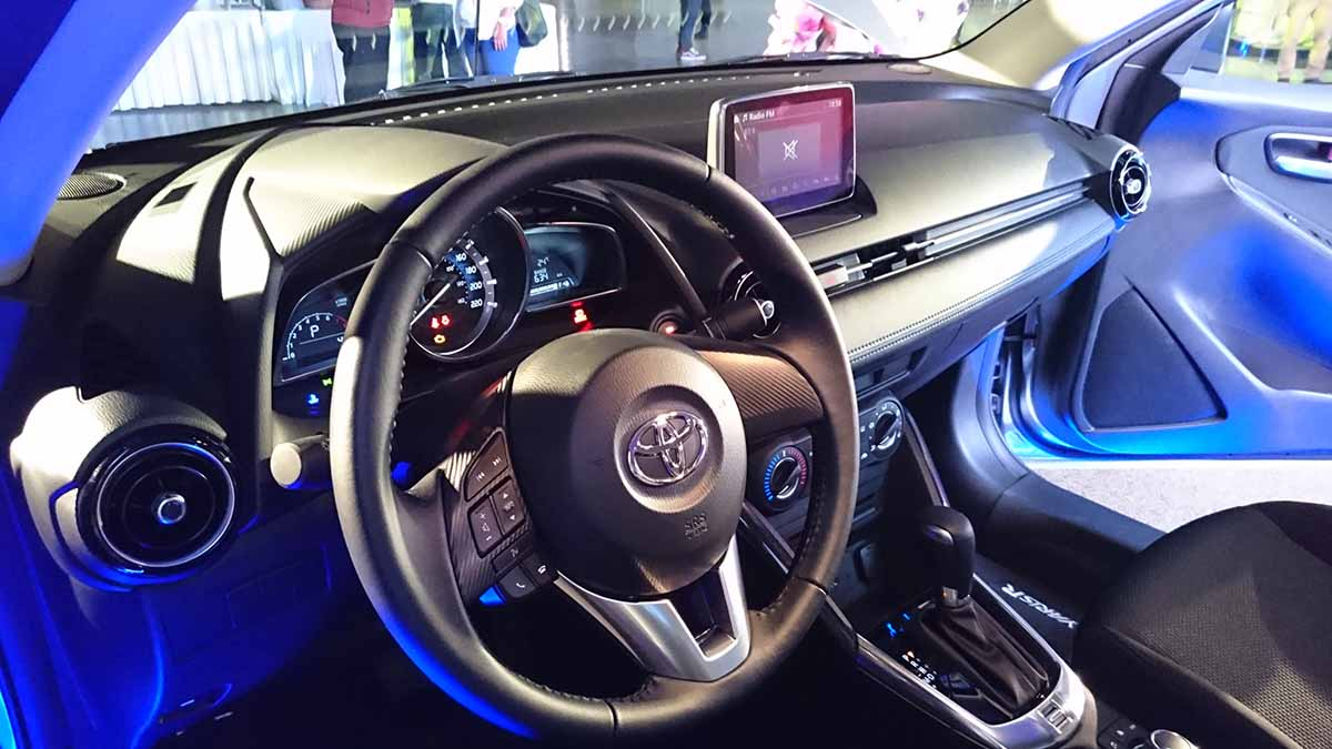 Toyota Yaris R foto2