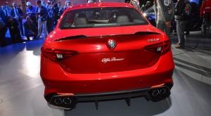 Alfa-Romeo-Giulia-trasero