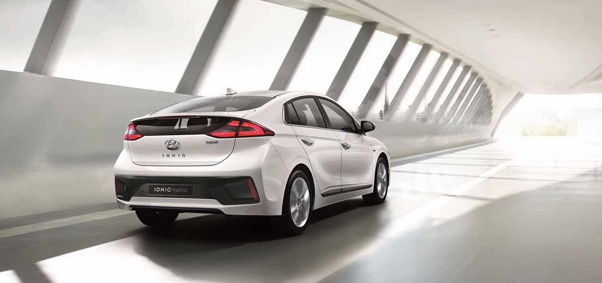 IONIQ A Leap Forward for Hybrid Vehicles_exterior2
