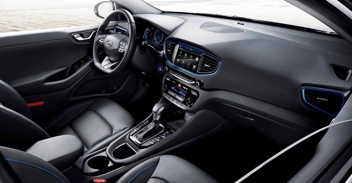 IONIQ A Leap Forward for Hybrid Vehicles_interior