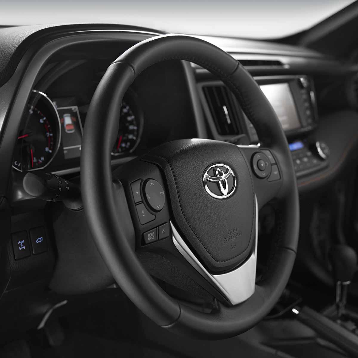 Toyota rav4 foto 3