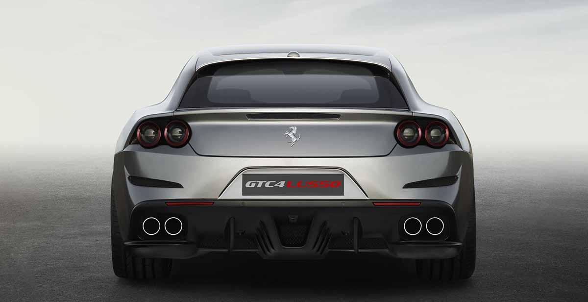 Ferrari_GTC4Lusso_rear_LR