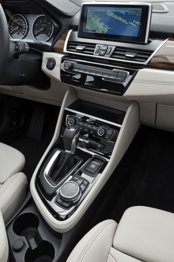 BMW 2 SERIES GT (7)