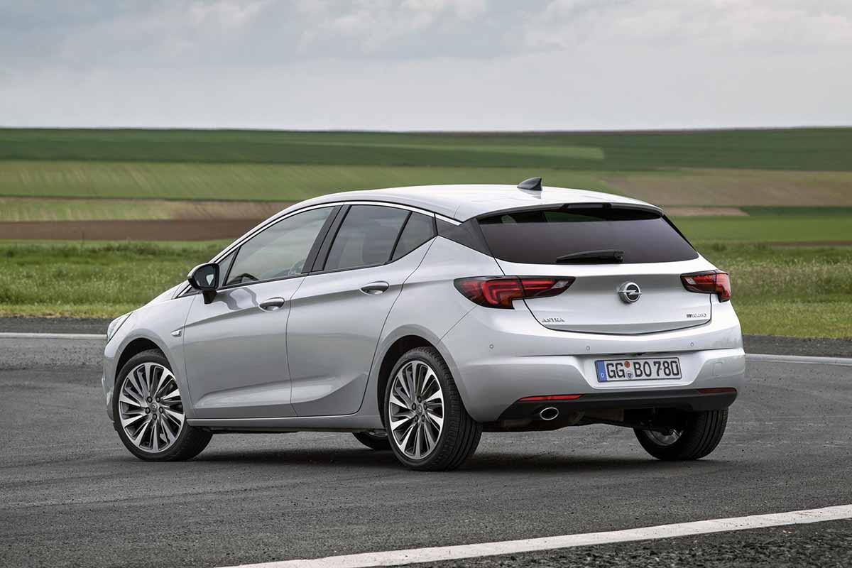 Opel-Astra-BiTurbo-5-door-301327