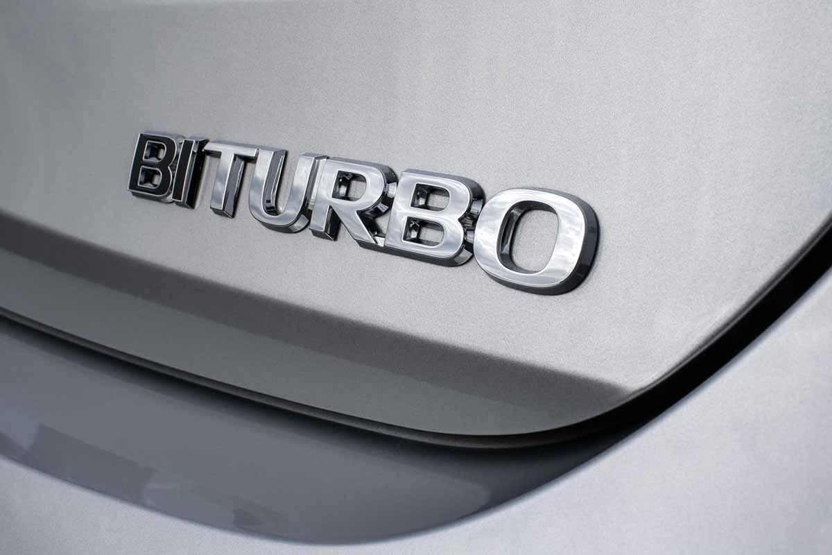 Opel-Astra-BiTurbo-5-door-301332