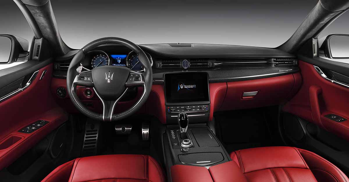New Quattroporte GTS GranSport_ dashboard