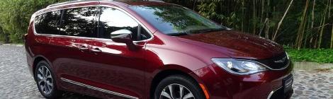 Chrysler Pacifica 2017: Va de nuevo