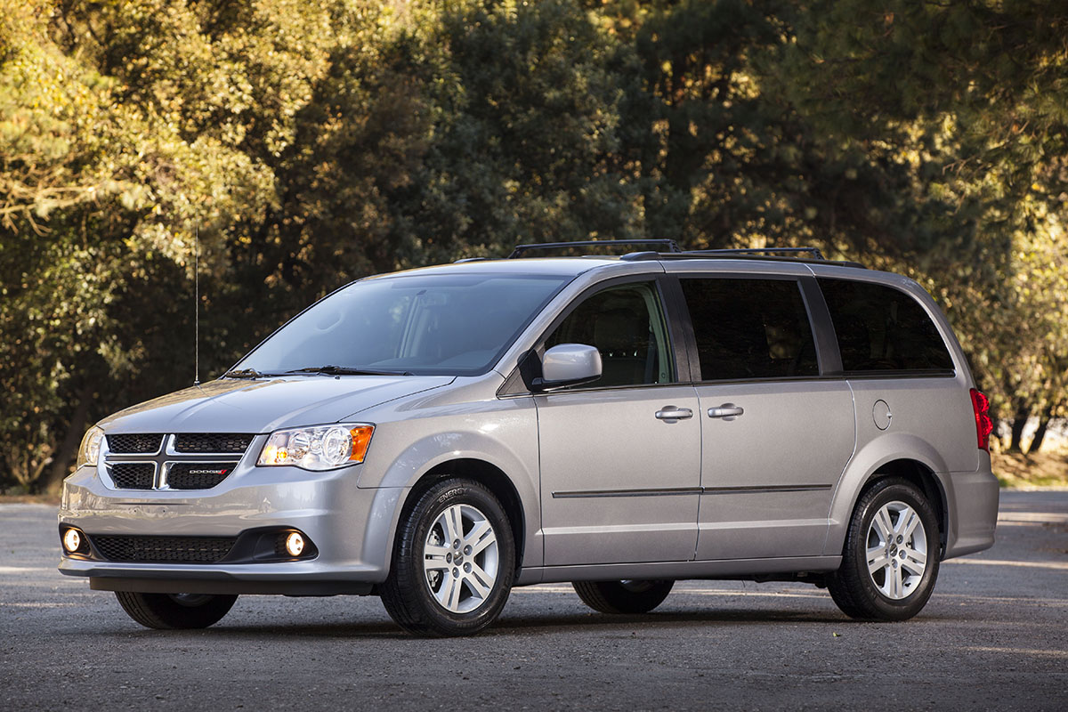 dodge nueva grand caravan 2017. Black Bedroom Furniture Sets. Home Design Ideas