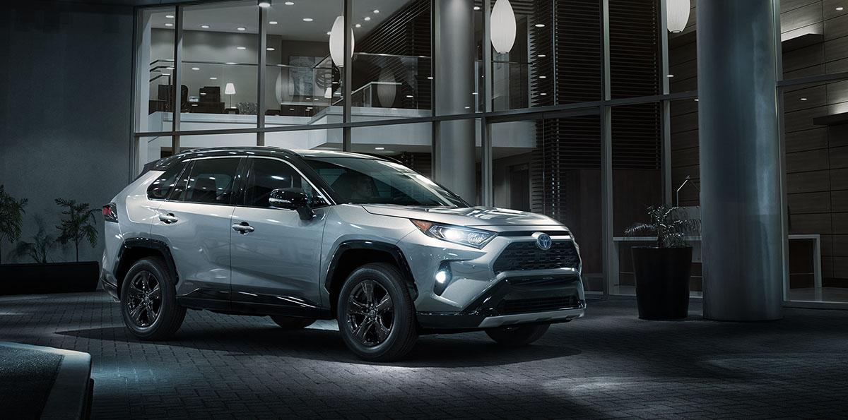 2019_Toyota_RAV4_004
