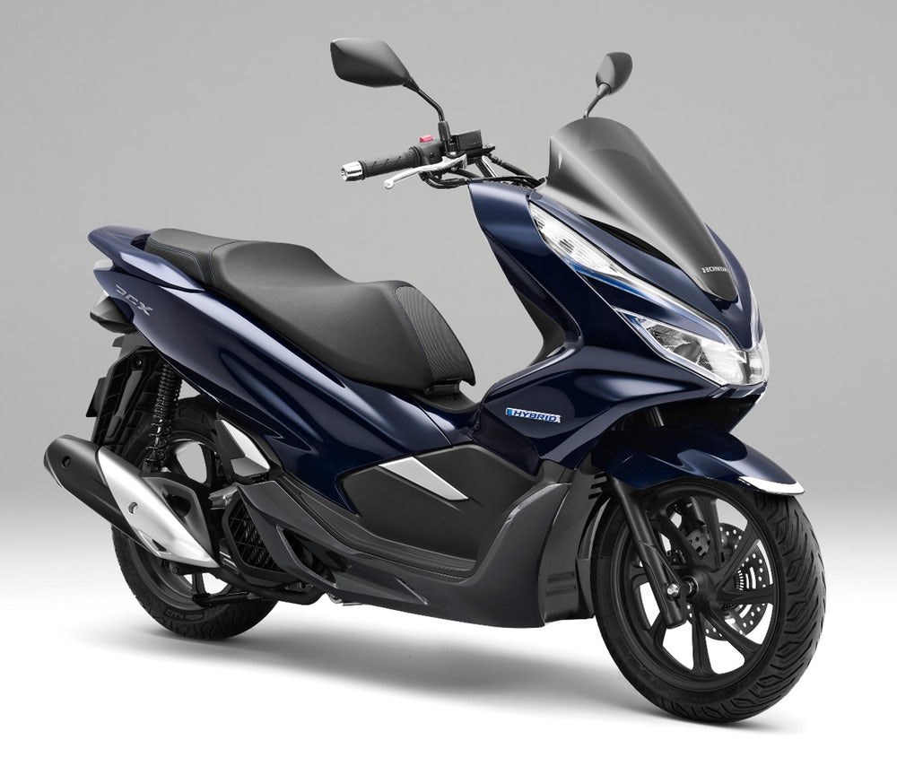 honda-production-pcx-hybrid-scooter-september-1