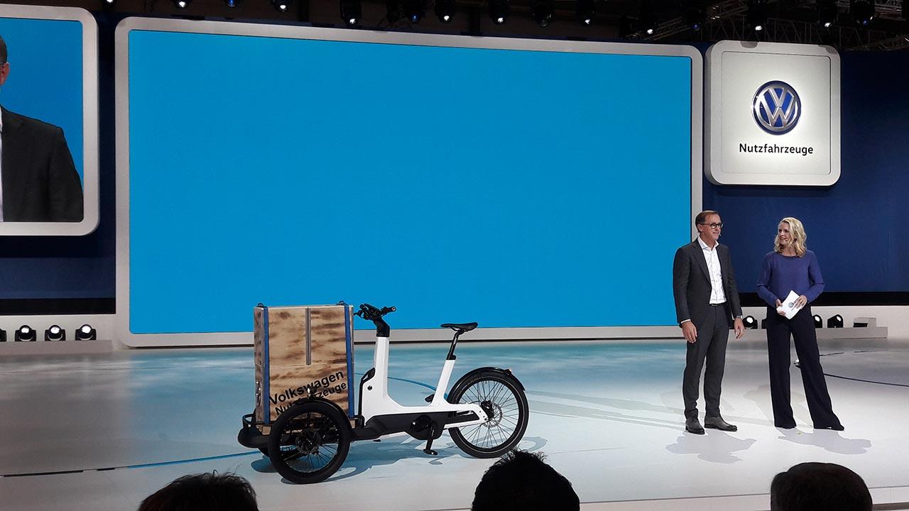 VWVC-IAA-triciclo-costado