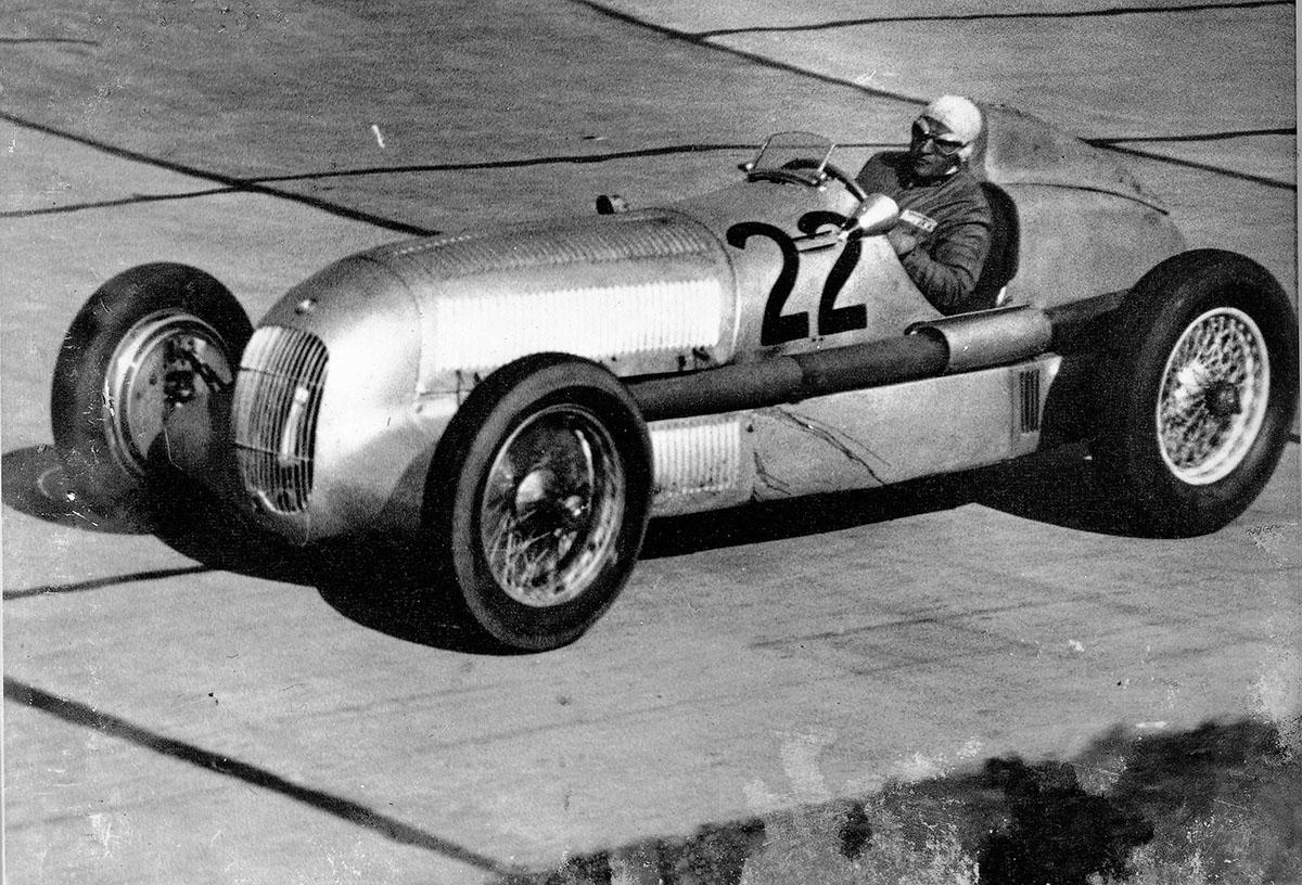 """Mercedes-Benz W 25 - """"der erste Silberpfeil"""" - beim Eifelrennen 1934"""