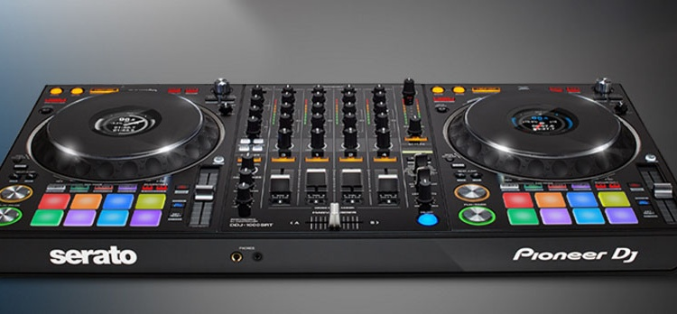 PIONEER DJ: DDJ-1000SRT, COMPATIBILIDAD CON SERATO DJ PRO