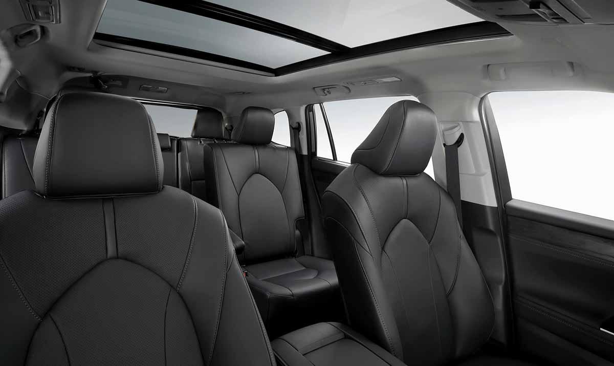 04022020-Toyota-Highlander2020-05