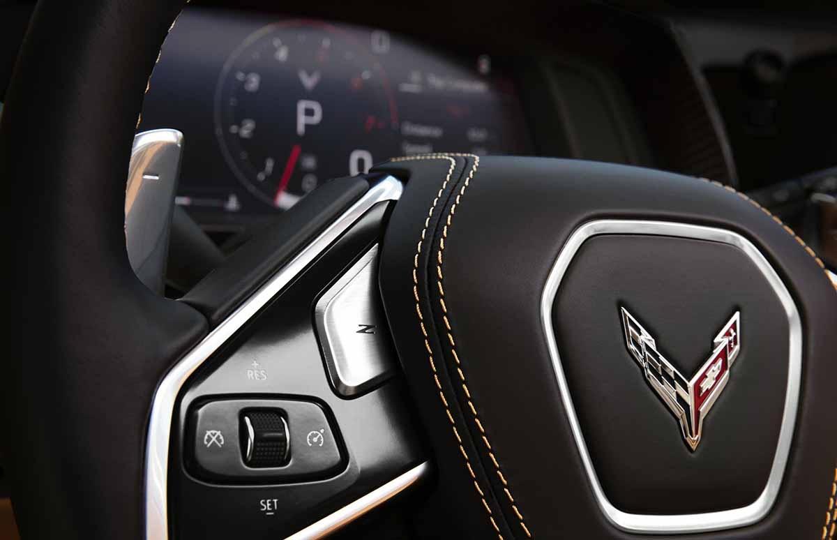 27022020-Chevrolet-Corvette-Stingray-03