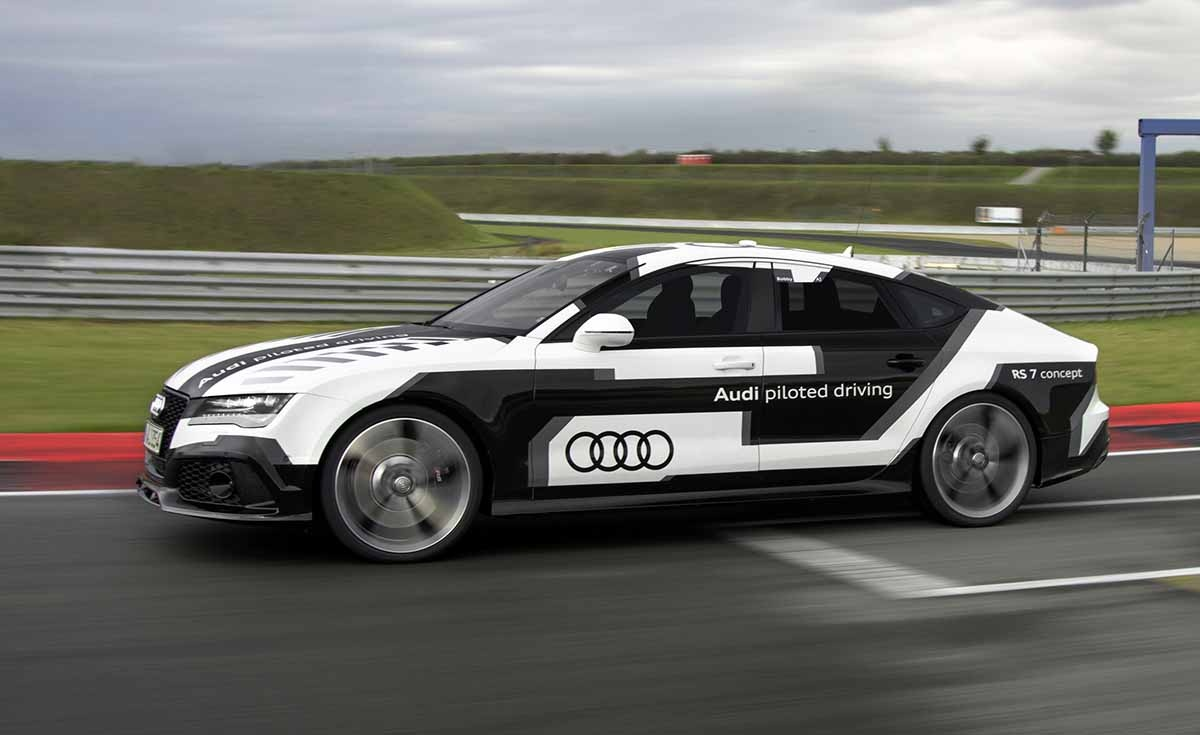 Audi-RS7-piloted-driving-concept_1