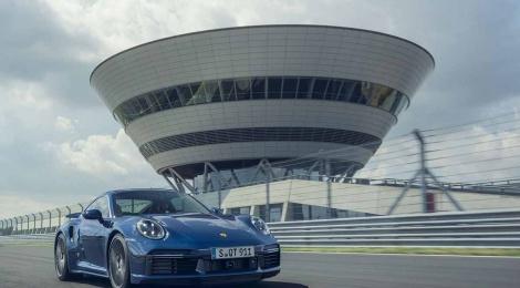 Porsche 911 Turbo: la referencia desde hace 45 años