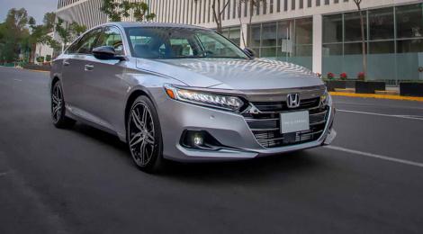 Honda Accord 2021: Con todo lo que le faltaba de seguridad.
