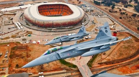 SAAB-EMBRAER: Firman acuerdo para proyecto de avión de combate brasileño
