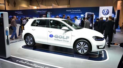 CES  VW: e-GOLF con carga inteligente