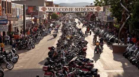 Harley Davidson seguirá festejando en Sturgis 75 años más