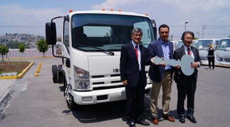 Esférica Logistic recibe de Isuzu Motors de México una unidad ELF 400