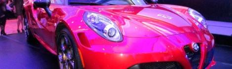 De la mano del Alfa Romeo 4C, la marca italiana presenta su gama 2015