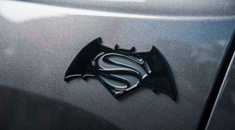 "JEEP RENEGADE EDICION ""BATMAN V SUPERMAN: EL AMANECER DE LA JUSTICIA"""