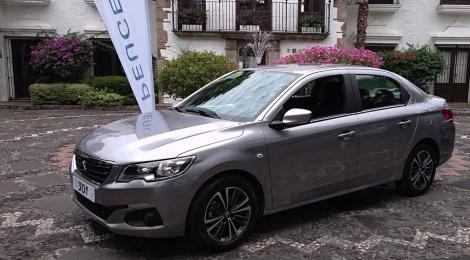 Peugeot 301 Sedán: Docilidad felina