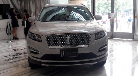 Lincoln MKC 2019:  LUJO EN CADA ASPECTO