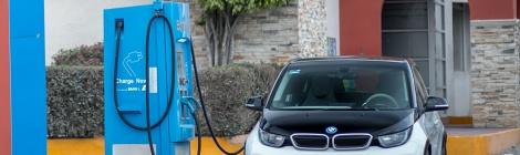 BMW: 412 kilómetros de energía